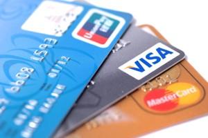 Proč u nás nelze platit platební kartou?
